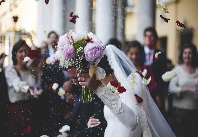 Kado Undangan Pernikahan picture