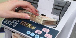 revolusi keuangan